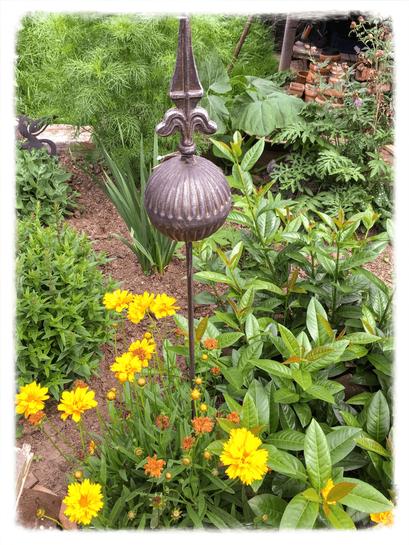 Landhausdekoration, Kugel, Stecker, Rost, Gartendekoration, Gartendeko, Gartenstecker