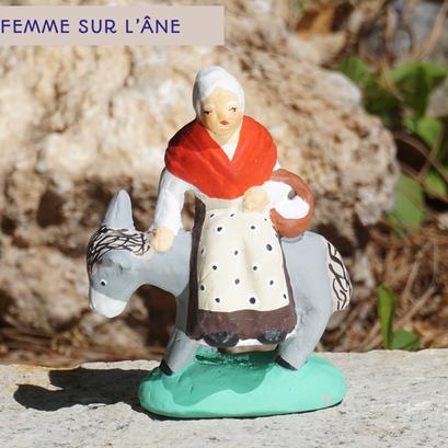 femme sur l'âne