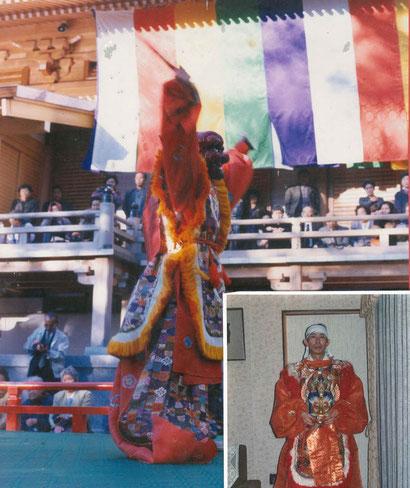 かつて、大法要では雅楽の舞を披露した。