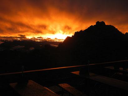 Glungezerhütte Sonnenuntergang