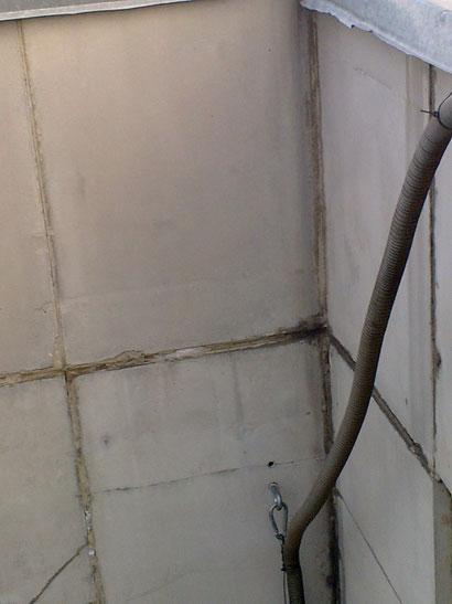 Анкер в стене