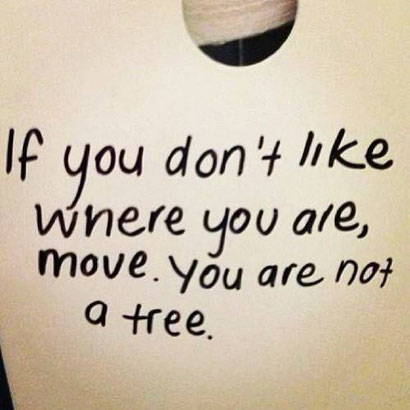 Bild: Move, you are not a tree