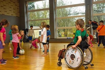Sportunterricht inklusiv, Foto Wald. Landeszeitung 15.11.14