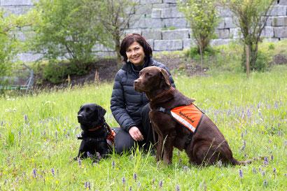 Mirella Manser, Spürhund Keno, Spürhund Yuma, Igelspürhund, Igelsuchhund, Sozialhund Keno, Marlen Tinner