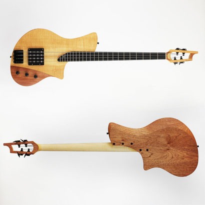 This 4 string custom bass is unique! A double humbucker by harry haeussel provides such a fat tone