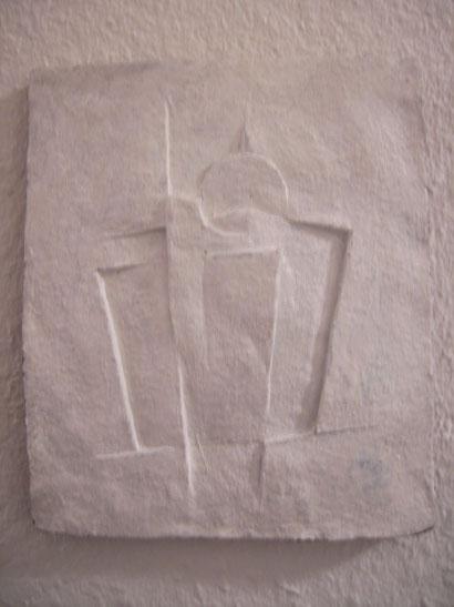 Ton, Deckweiß, 28 x 23,5 cm. 1985