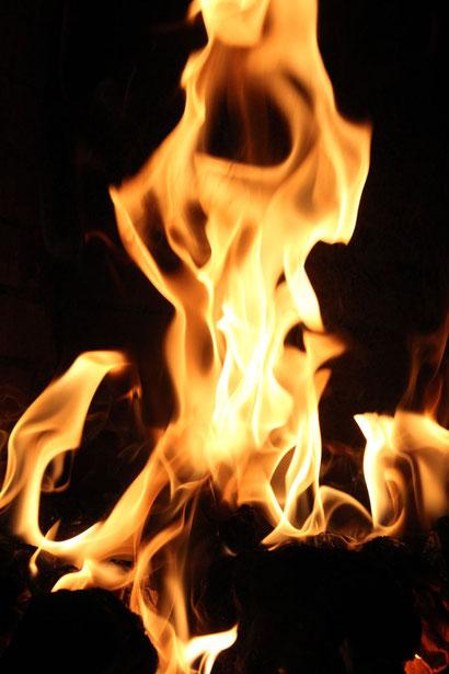 Nicht der Leib, sondern die Seele Jesu ging in den unteren Ort des Feuers https://www.freudenbotschaft.net/verschiedene-themen/die-zeugen-jehovas/die-die-seele-des-menschen-betreffende-irrlehre-der-zeugen-jehovas/
