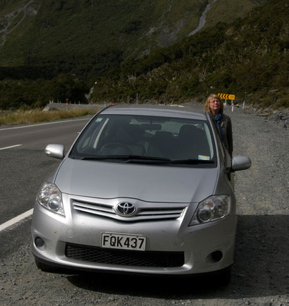 Waiting for the lights to change at the Homer Tunnel on the Milford Road.