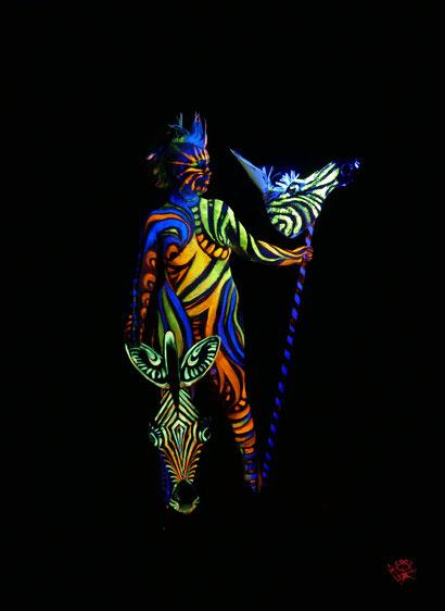 Bodypainting Afrika, Massai, Zebra, Schwarzlicht, UV-Licht