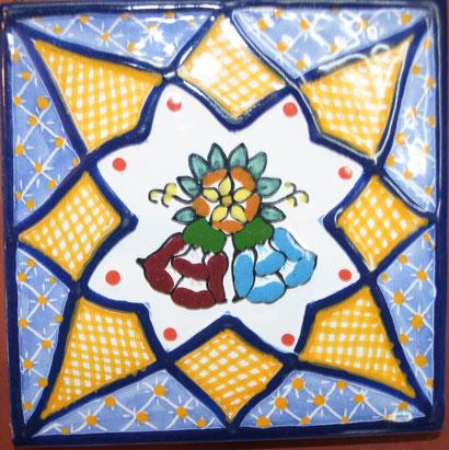 Azulejo Talavera de Puebla en Medida de 10.5 x 10.5 cm.  aproximadamente..
