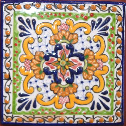 Azulejo Talavera de Puebla en Medida 10.5 x 10.5 cm. aproximadamente.