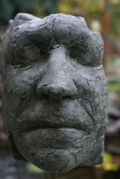 Nr. 24 Stonehead detail