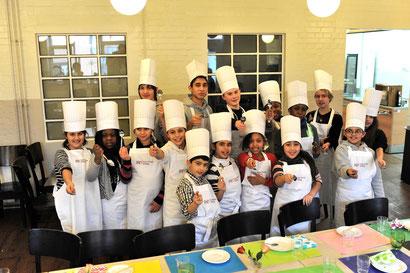 kochkurs Kinderkochschule Die kleinen Kochmützen
