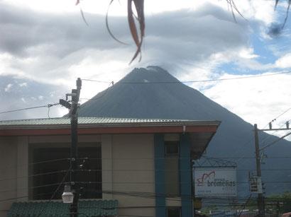 """Vulkan """"Arenal"""" - für 5 Minuten sichtbar"""