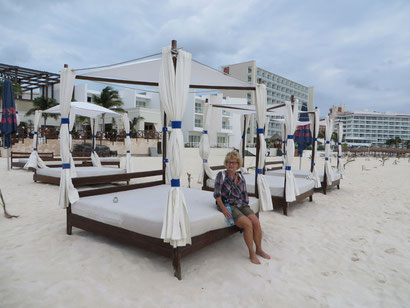 alleine am Strand