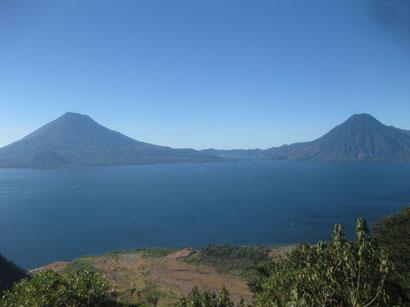 Vulkan Atitlan u. Fuego