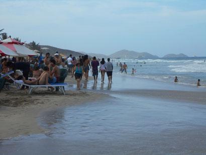 Nachbar-Strand am Sonntag