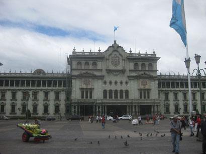 Palacio Nacional de la Cutura/Guatemala Stadt
