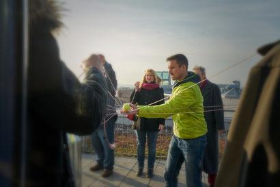 Teamtraining über den Dächern von Aschaffenburg