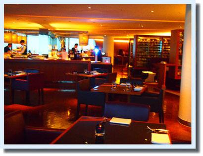 久々のヒルズ。六本木ヒルズクラブの51階の夜景と 美味しいお料理^^