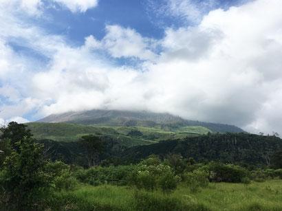 vulkan-sinabung-sumatra