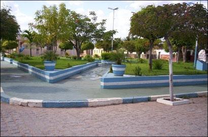 Praça em frente a Câmara de Lagoa