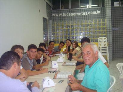 Reunião de trabalho: Traçando estratégias para obter os primeiros lugares