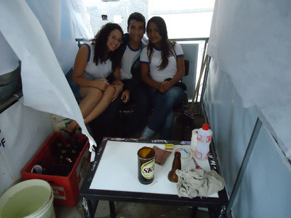 Janine, Dalila, Iuri,...,.