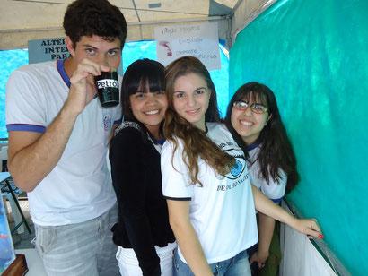 Gabriel; Lívia; Maria Karolina; Melissa.