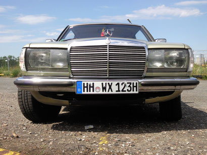 Mercedes Benz W123 ( C123 ) 230CE 1981