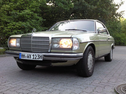 Mercedes W123 Coupe 230CE 1981