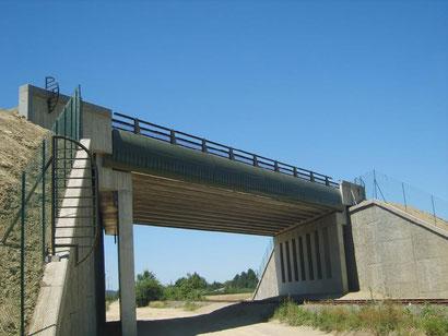 Construction ouvrage d'art sur voie SNCF - construction d'un pont en béton précontraint