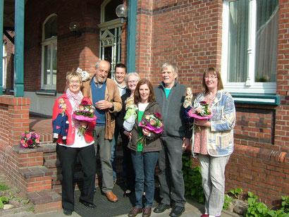 Wunderschöne Blumen vom Team der Diakonie vor Ort. Unsere Mitspielerinnen Maike van Dettum und Erika Zimmermann konnten leider nicht dabei sein.