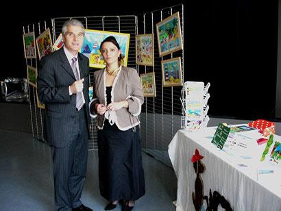 mars 2006 - Salon du Livre avec Mr Patrick Bobet (Maire du Bouscat)