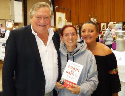 06.10.2019 - Salon du Livre de St Estèphe avec Mr Jacques Pradel et mon amie Vanesse