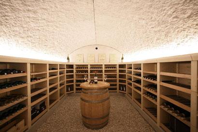 Modèle de cave à vins à grande capacité