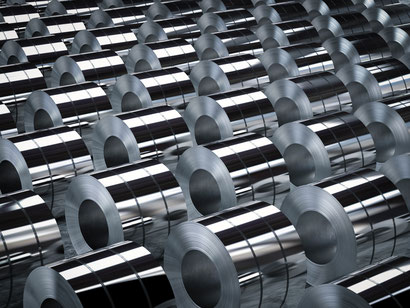 Polierte Bauteile, welche durch eine Hochglanzpolitur eine Spiegelglanz Oberfläche erhalten haben.