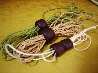 樹脂粘土製ドレッドヘアビーズの作り方