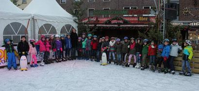 Klassenfoto vom Schlittschuhlaufen am 2.12.2016