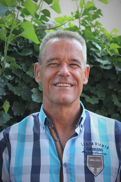 Jörg Löcker - Lehrkraft (Schwimmlehrer)