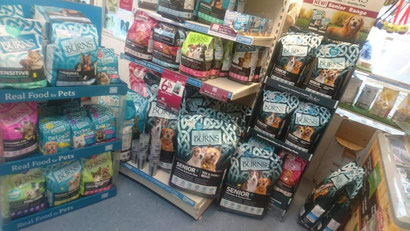 NOW STOCKING THE NEW SENIOR RANGE WHICH COMES IN TOY AND SMALL BREED AND ORIGINAL