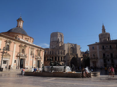Plaza de la Virgen Oude stad Valencia Kathedraal