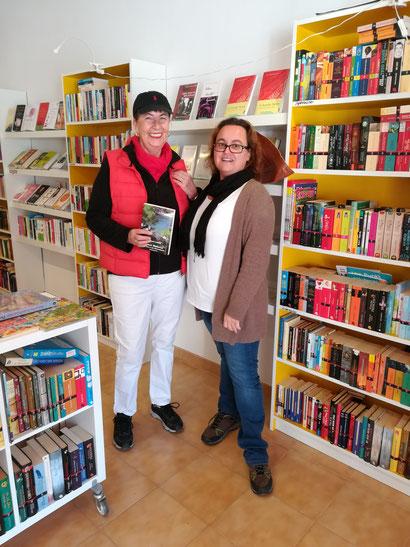 Alle Tatorte sind in der netten Buchhandlung in Paguera bei Bettina zu erhalten. Außerdem Kartenmaterial, Wanderführer und vieles mehr. Schaut herein und sagt einen schönen Gruß von mir.