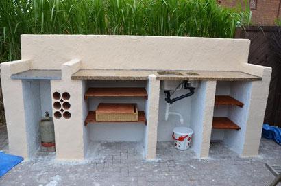 Outdoor Küche Ohne Wasseranschluss : Outdoor küchenbau teil hühnerstallbau outdoor küchenbau