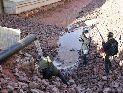 Kanalbett unter der Luisenbrücke wird mit Wasser gefüllt