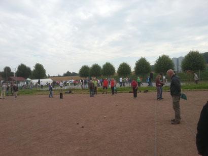 Es wurde auf Rotasche und Mineraliengemisch der 7. Ithcup gespielt in Halle.