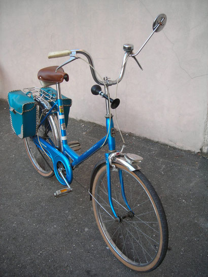 Vélo motobecane bleu vintage