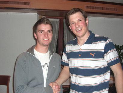 Übergabe des Präsidiums von Philipp Keller (rechts) an Patrick Steiner (links).
