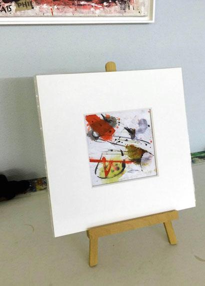 zeigt Werk WVZ 02/2017 im Passepartout auf Ministaffelei /  Bildausschnitt 15x15cm / Gesamtformat 30x30 cm
