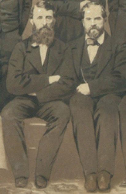 James Whyte Davis a destra